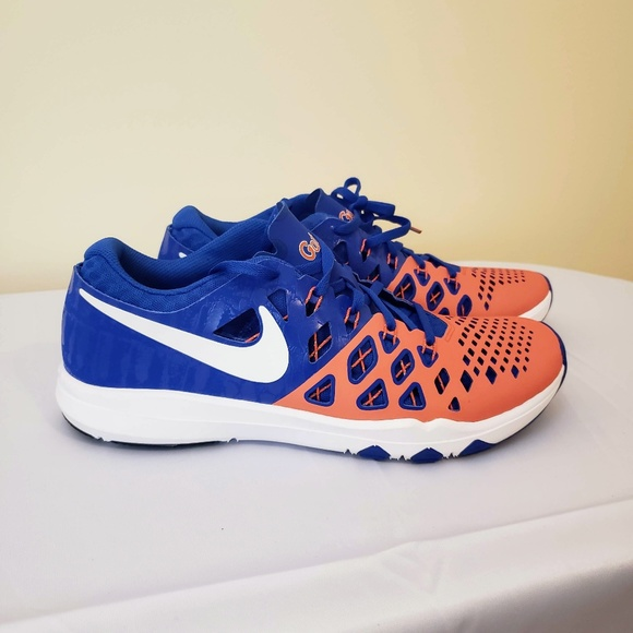 competitive price e402d e0357 Florida Gators Nike Running Shoes 9.5. M 5c1302a403087cab77e7f75d